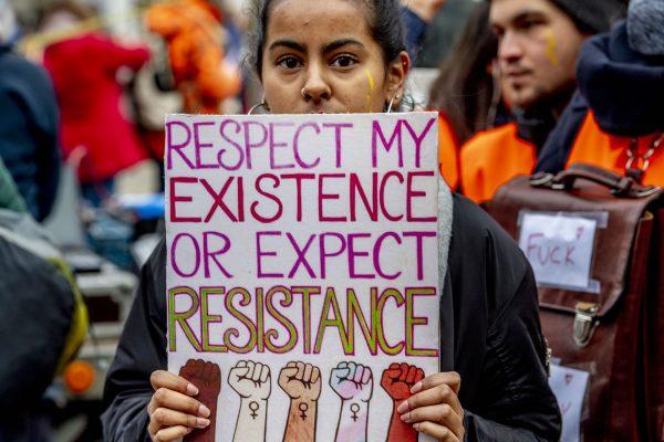 Women's March trekt door Amsterdam