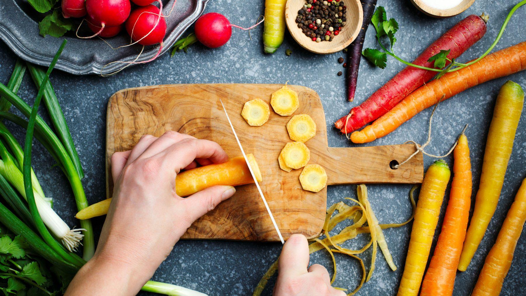 nationale week zonder vlees groente snijden