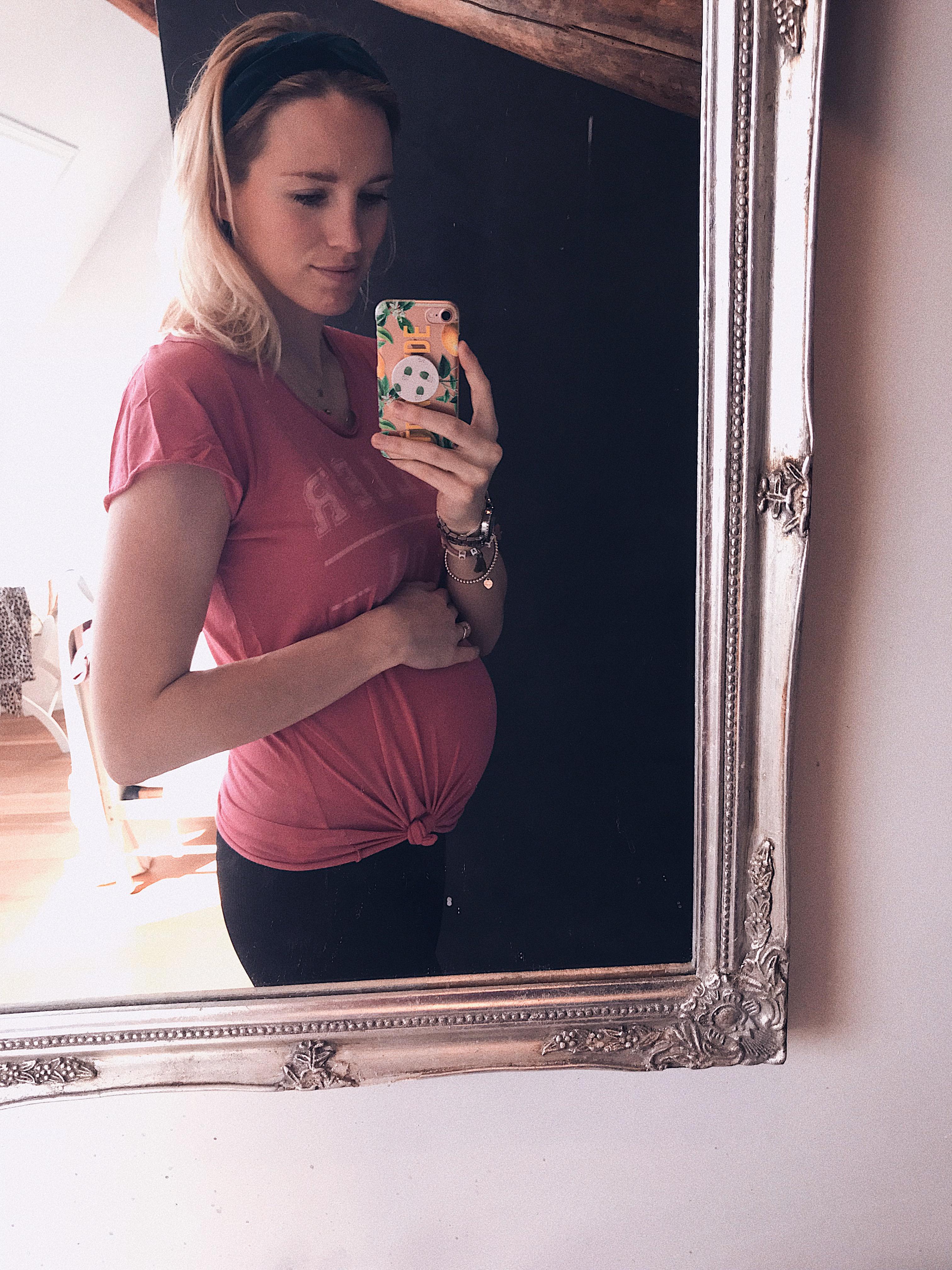 Megan 21 weken zwanger van tweeling