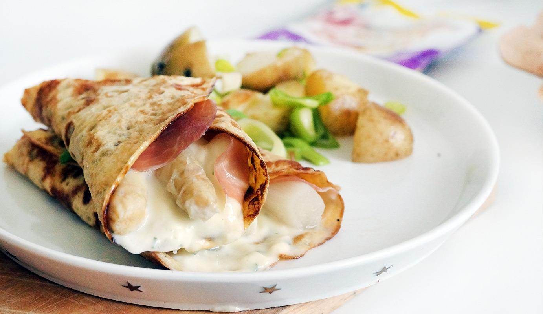 aspergerolletjes parmaham en omelet