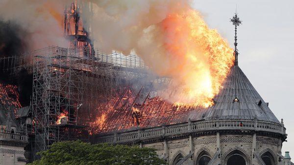 Notre-Dame-door de jaren heen