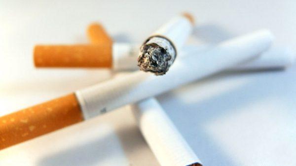 Meer Nederlanders willen speelplekken en terrassen rookvrij