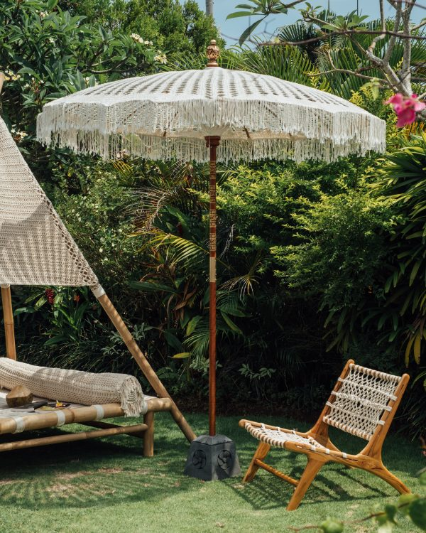 Todo Bien balinese macrame parasol