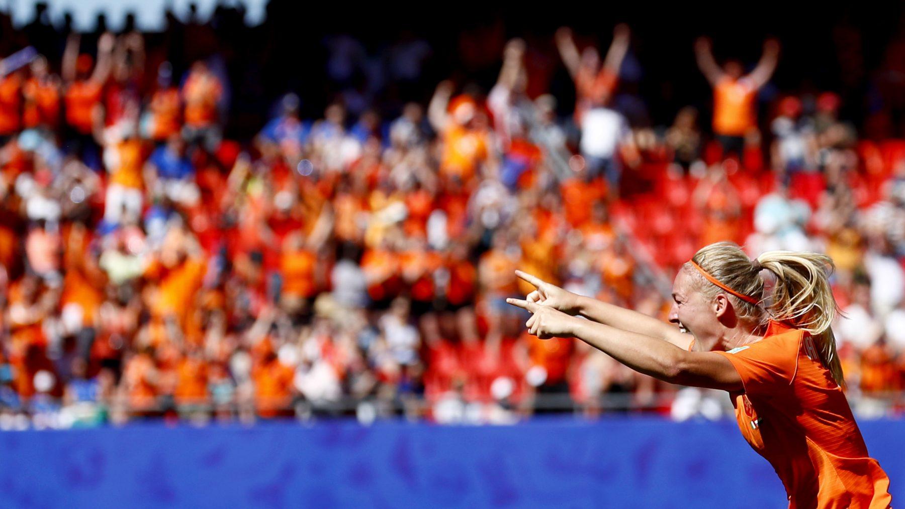WK-vrouwenvoetbal-kwartfinale-Italië-Nederland