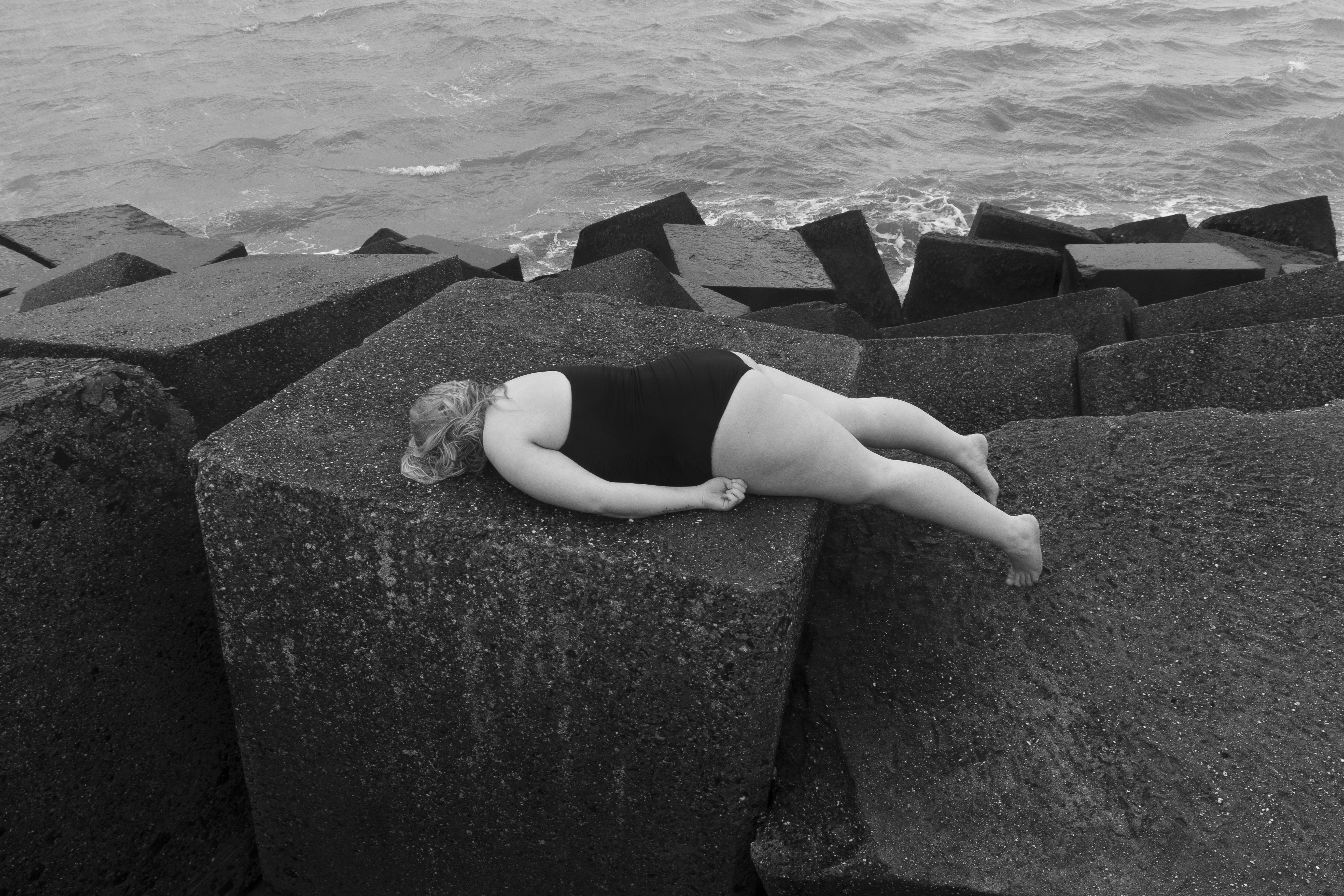 Naaktfotoserie afstuderen student Yael Laroes over dik zijn
