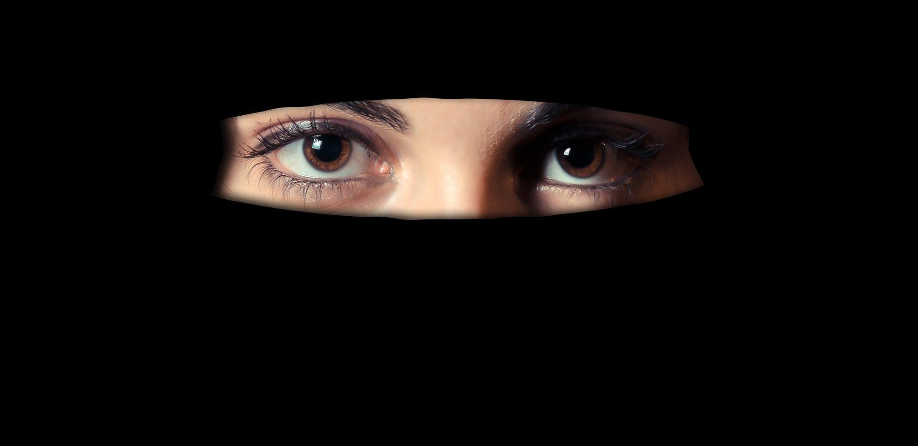 is-vrouwen advocaat kort geding