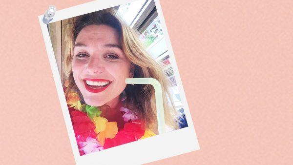 Evi Hanssen is zéker niet vies van een glas wijn op vakantie