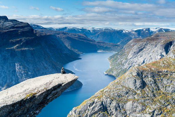 trolltunga noorwegen foter