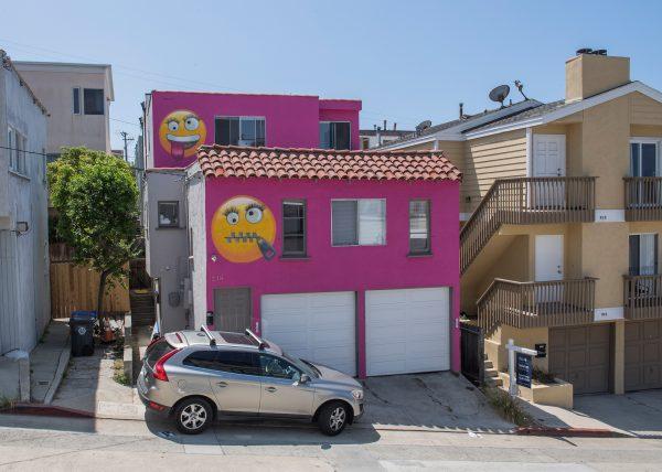Roze huis na burenruzie