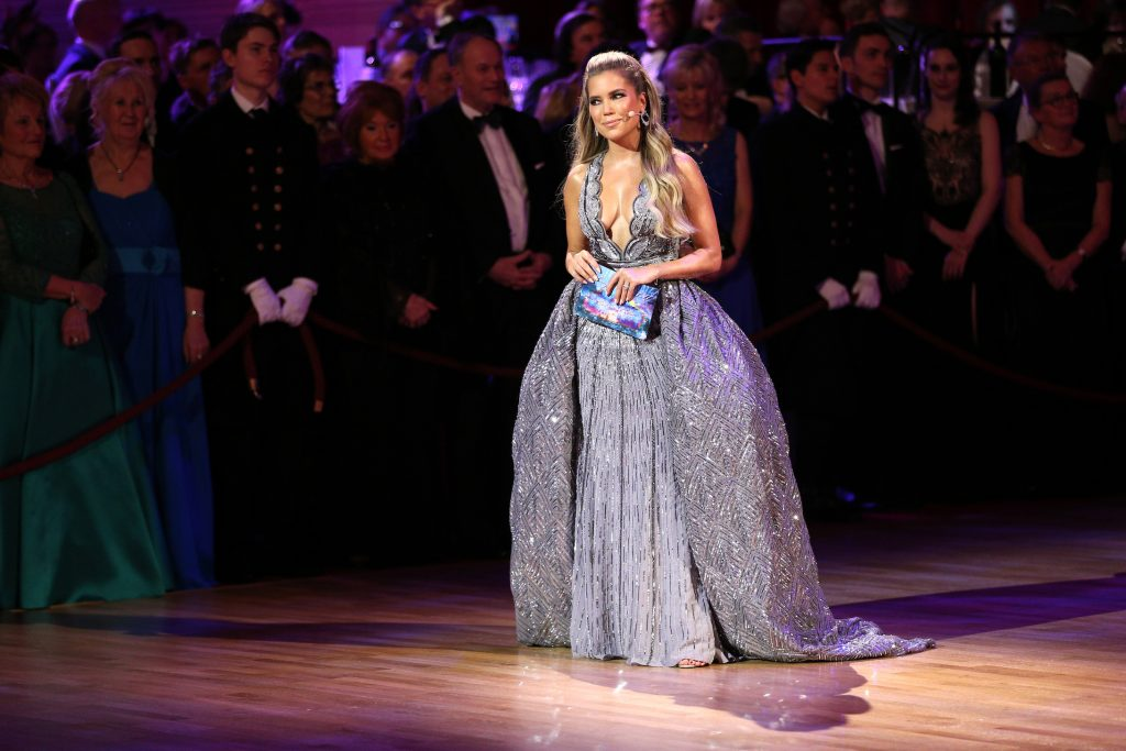 Sylvie Meis in 'te blote jurk'