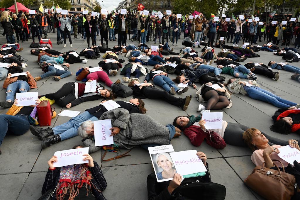 Franse vrouwen protesteren tegen huiselijk geweld