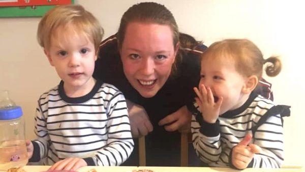 Lorien Ravi Fayenna tweeling - geboorte in vliezen