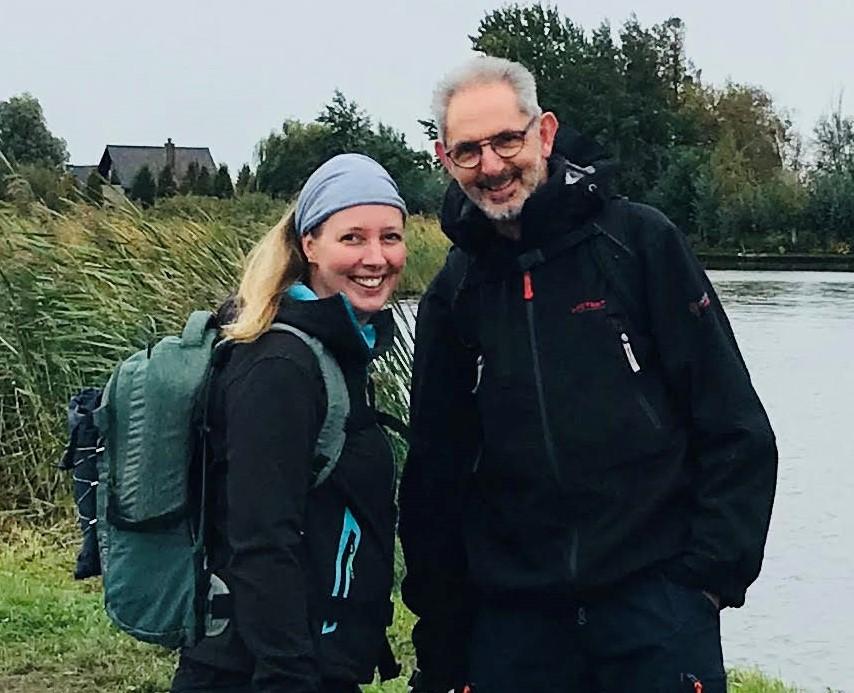 Renate en haar vader beklimmen Kilimanjaro