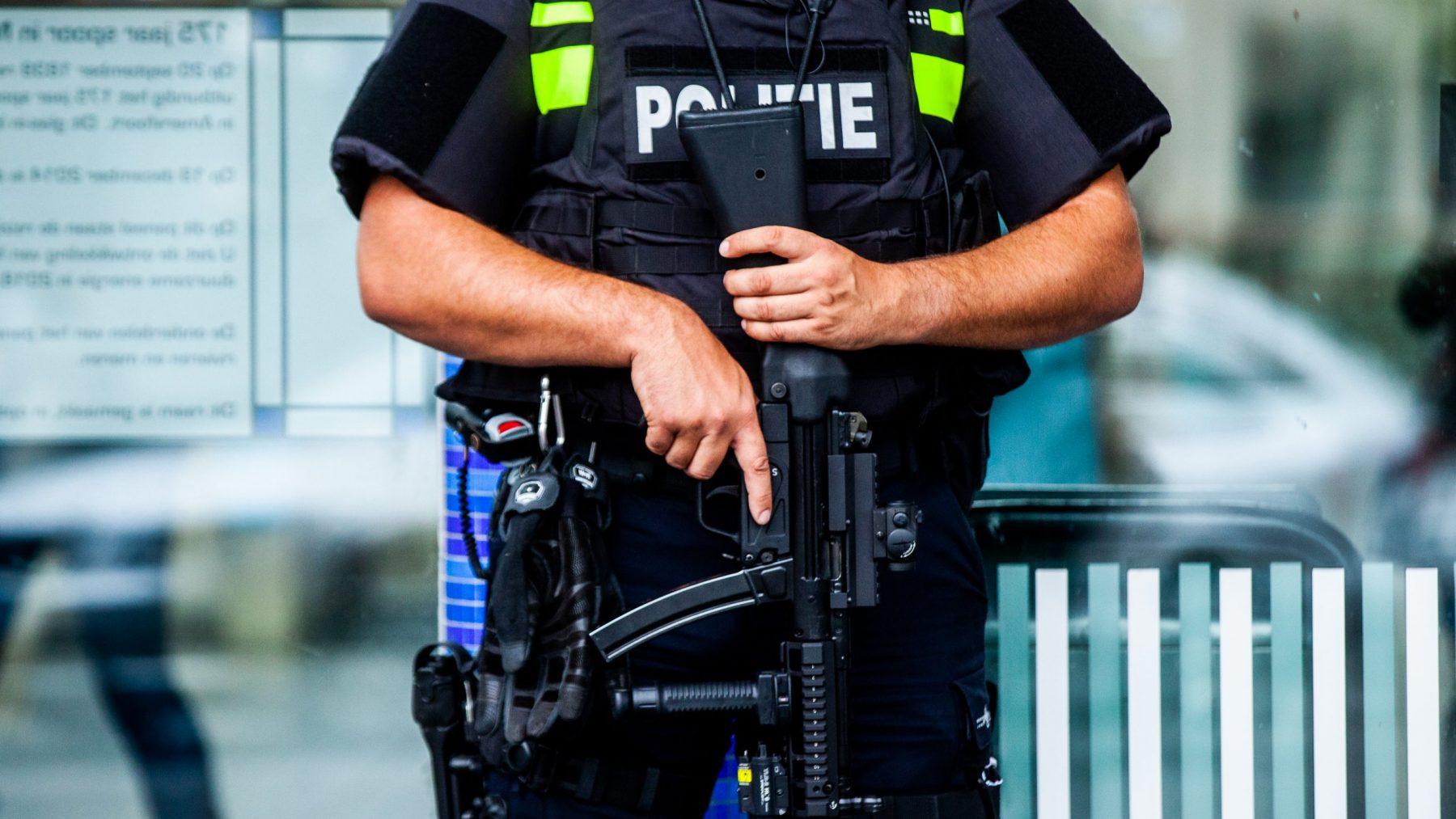 Dreigingsniveau omlaag, minder kans op terroristische aanslag in Nederland