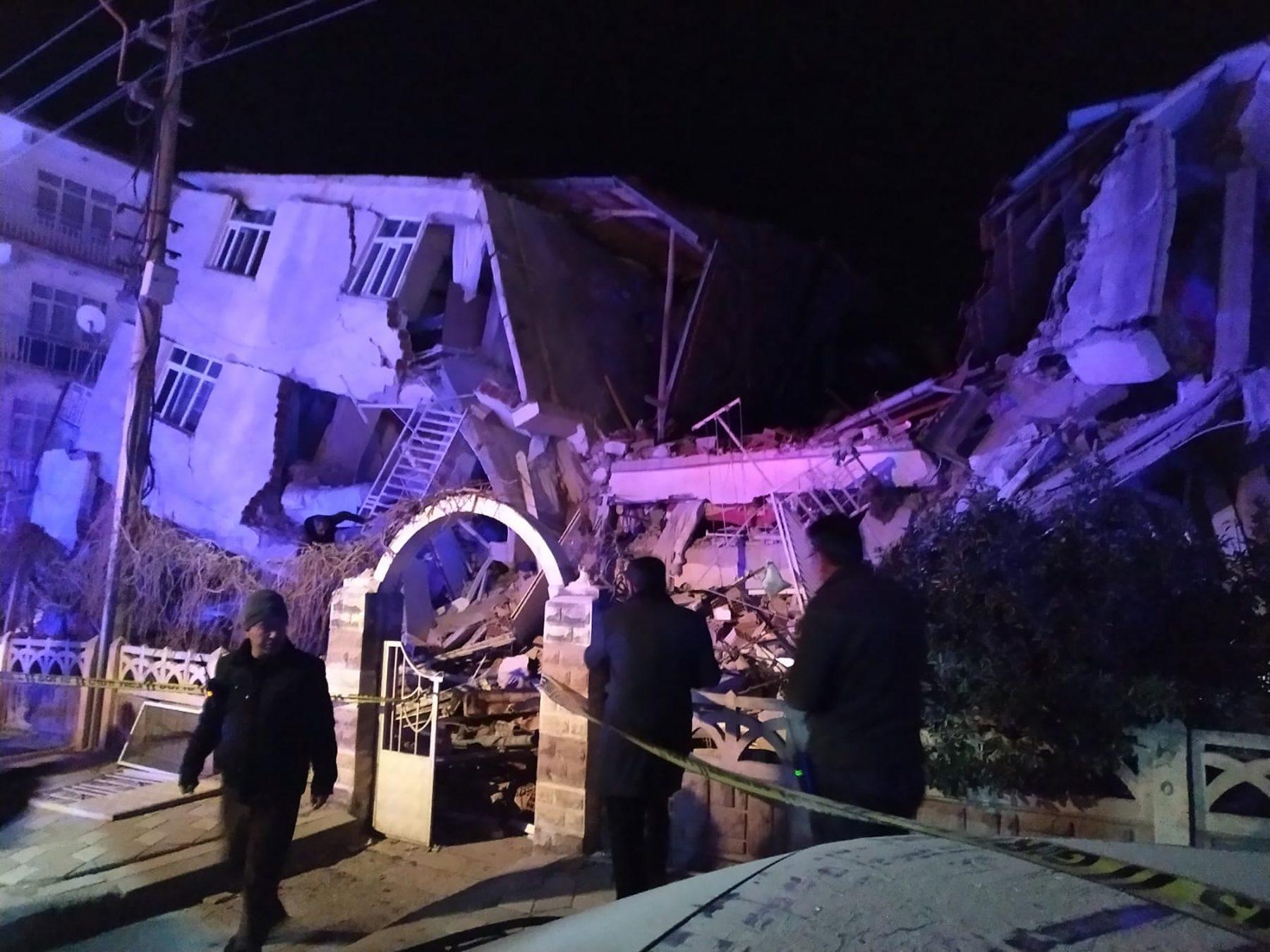 Doden door zware aardbeving in Turkije