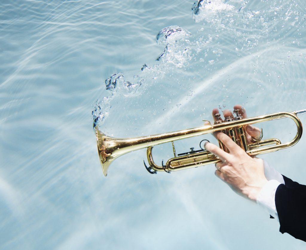 Jostiband wil wereldrecord vestigen en geeft onderwaterconcert