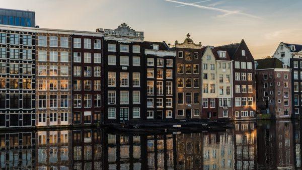Airbnb horror: geforceerde sloten en de salontafel door twee