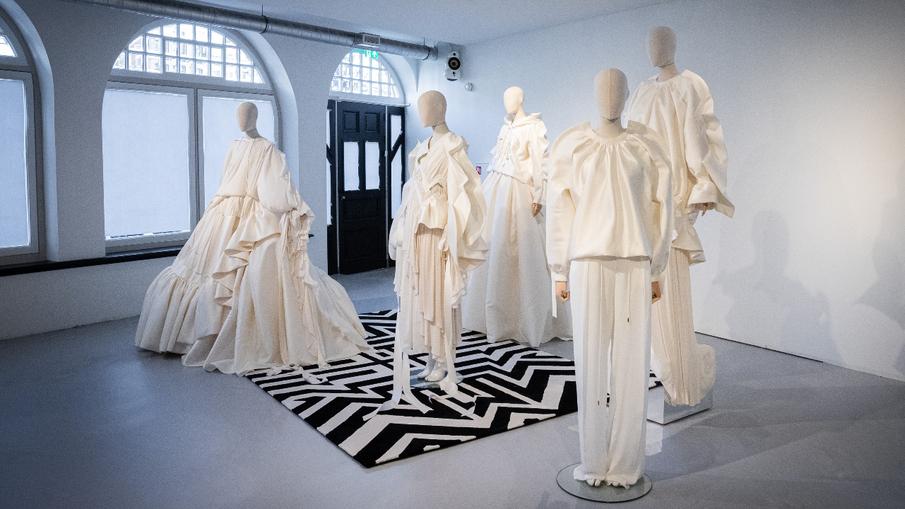 Molloten opgelet: hier bezoek je gratis de tentoonstelling van WIDM Claes Iversen
