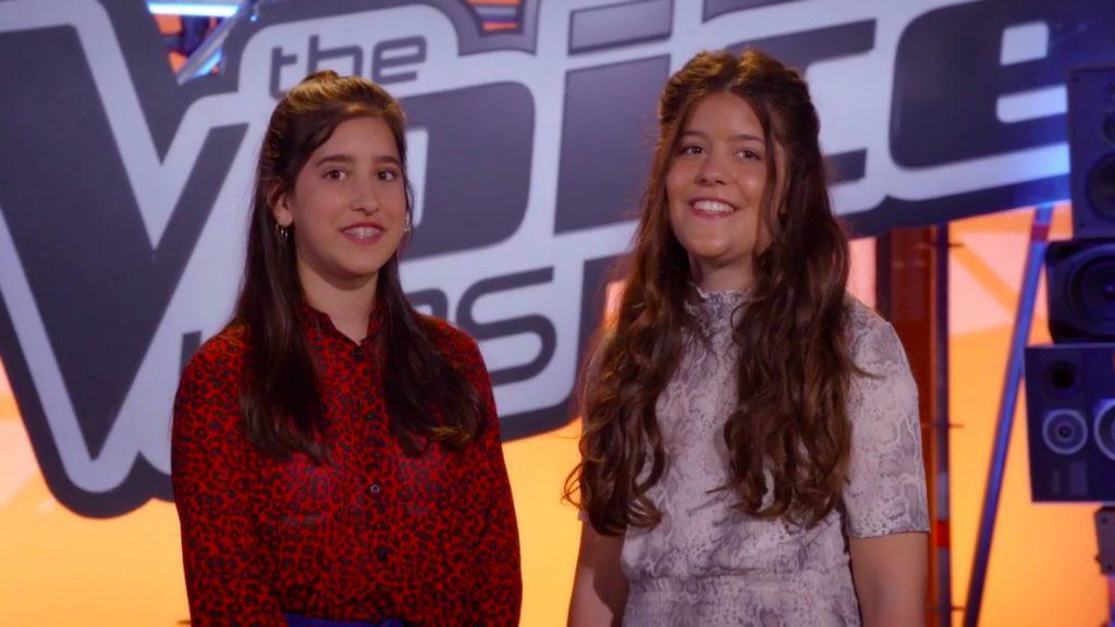 Talentvolle zusjes Sarah (13) en Romy (14) stralen in 'The Voice Kids'