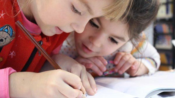 Van schema's tot homeschooling: zo kom je de coronacrisis door met kinderen