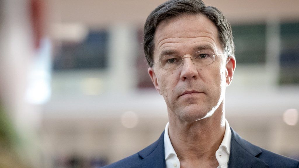 Liveblog coronavirus: Mark Rutte niet optimistisch na afvlakkende cijfers