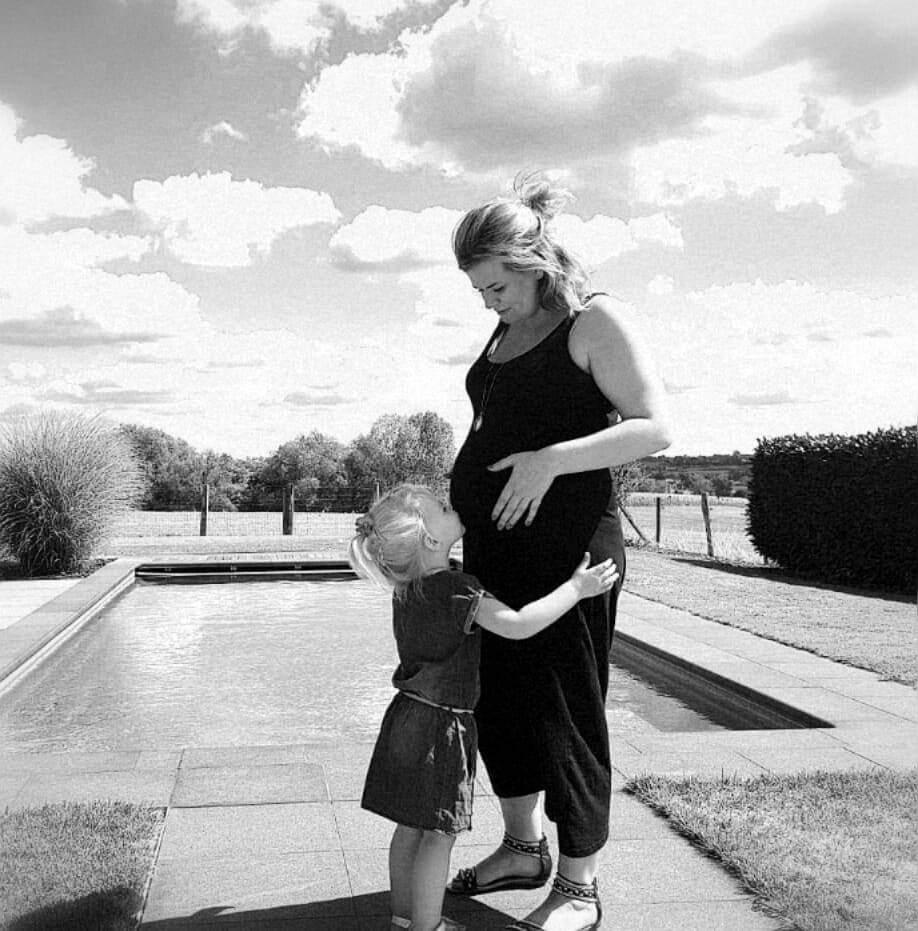 Kelly en Fayen tijdens de prenatale depressie tijdens de zwangerschap