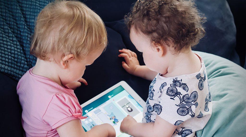 Ouders hebben veel vragen omtrent mediagebruik jonge kinderen