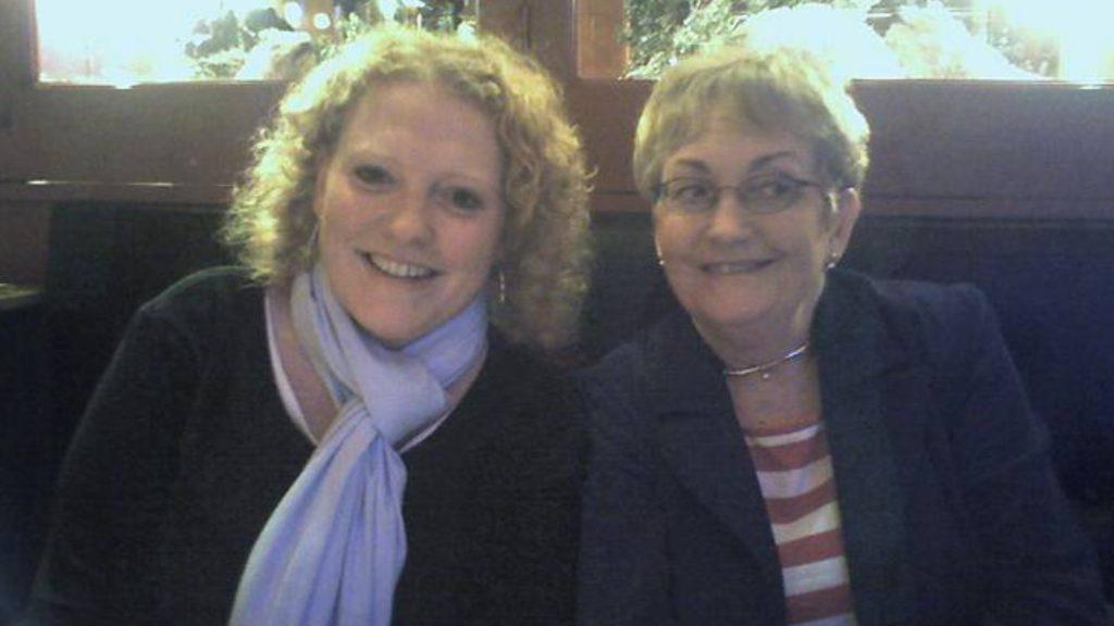 Caroline herdenkt moeder Annette: 'Ik hoor haar praten in mijn hoofd'