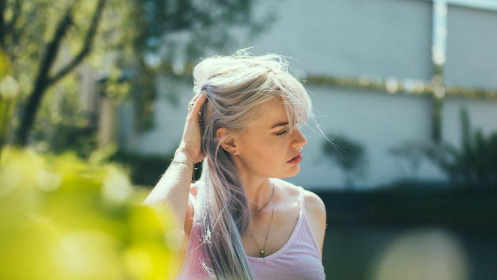 Colourist over grijs haar