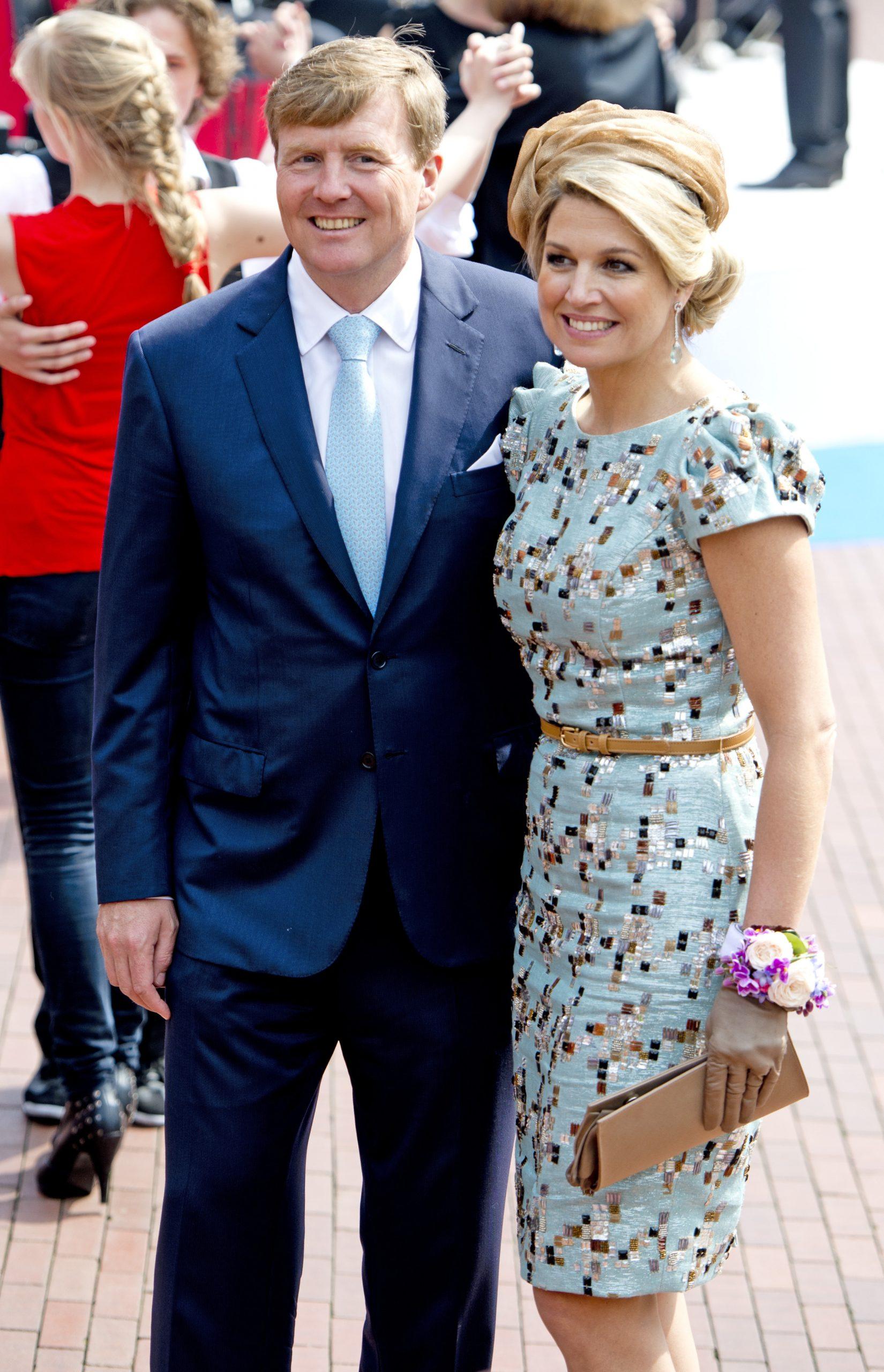 Van koninklijk blauw tot dat ene spijkerjasje: de beste looks van modekoningin Máxima
