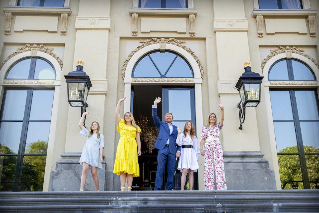 Koninklijk Huis deelt foto's én koning Willem-Alexander spreekt land toe