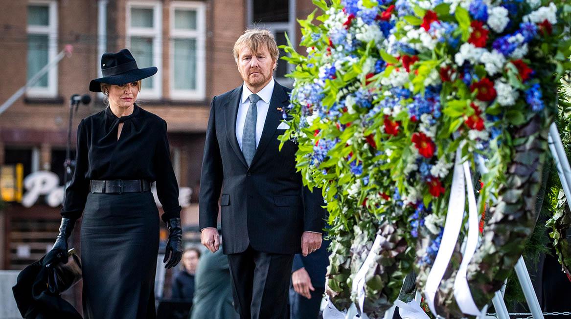 koning willem alexander koningin maxima dodenherdenking de dam amsterdam 2020 6