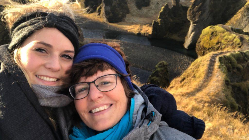 Mariska brengt een ode aan haar moeder: 'Mijn moeder is de allerbeste'
