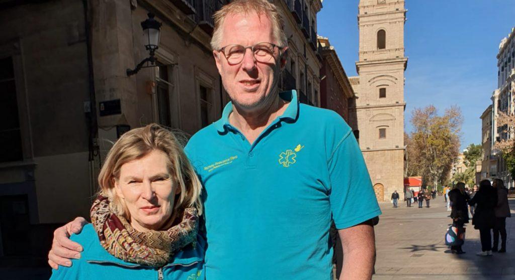 Kees en Ineke van Stichting Ambulance Wens: 'We wijzen niemand af'