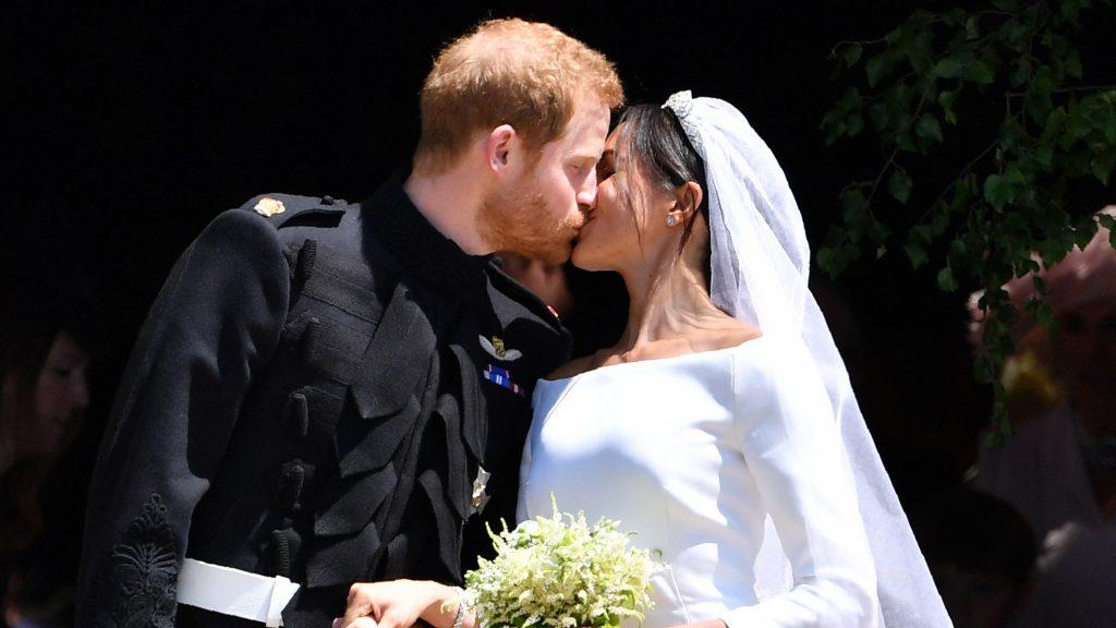 Twee jaar vol ups and downs: prins Harry en Meghan Markle vieren trouwdag.
