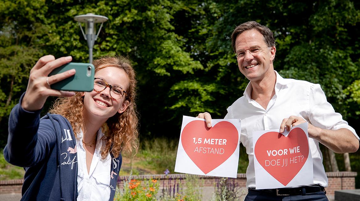 Premier Mark Rutte gaat in gesprek met jongeren over de toekomst
