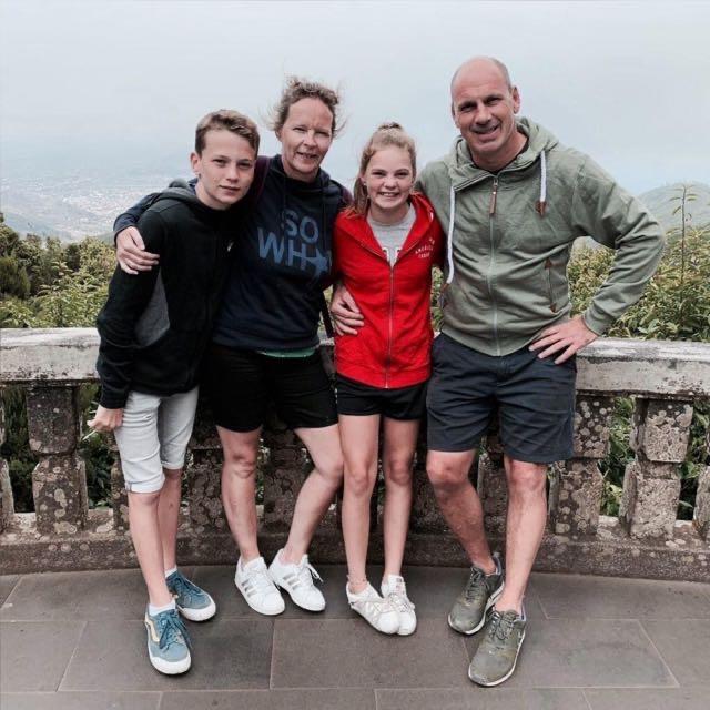 Sabina met haar gezin nu