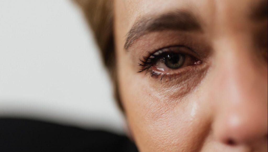 Johanna's man heeft een bipolaire stoornis: 'Het heeft invloed op ons gezin, maar ik kan hem niet verlaten'