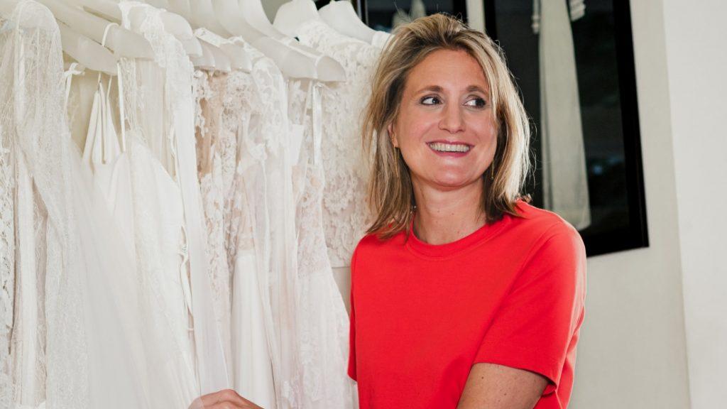 Marijn verkoopt trouwjurken: 'Sommige bruiden boeken stiekem passessies zonder hun moeder'