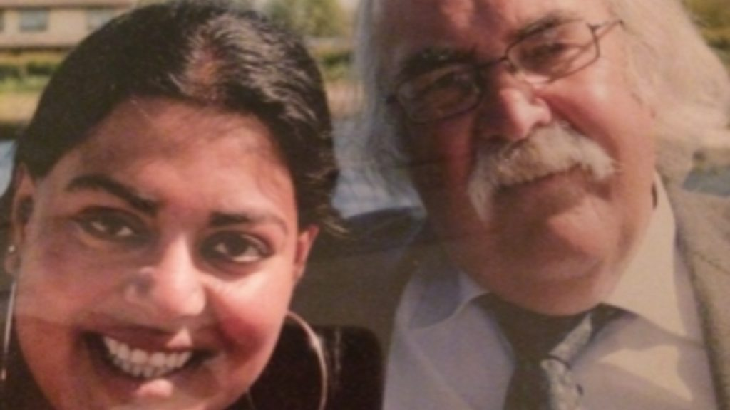 Iris herdenkt haar vader: 'Had hij ons maar geleerd hoe we hem moeten missen'