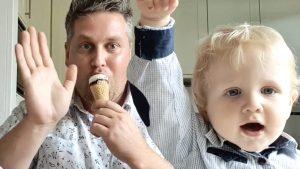Thumbnail voor Lex Uiting brengt ontroerende clip over relatie tussen vaders en zonen