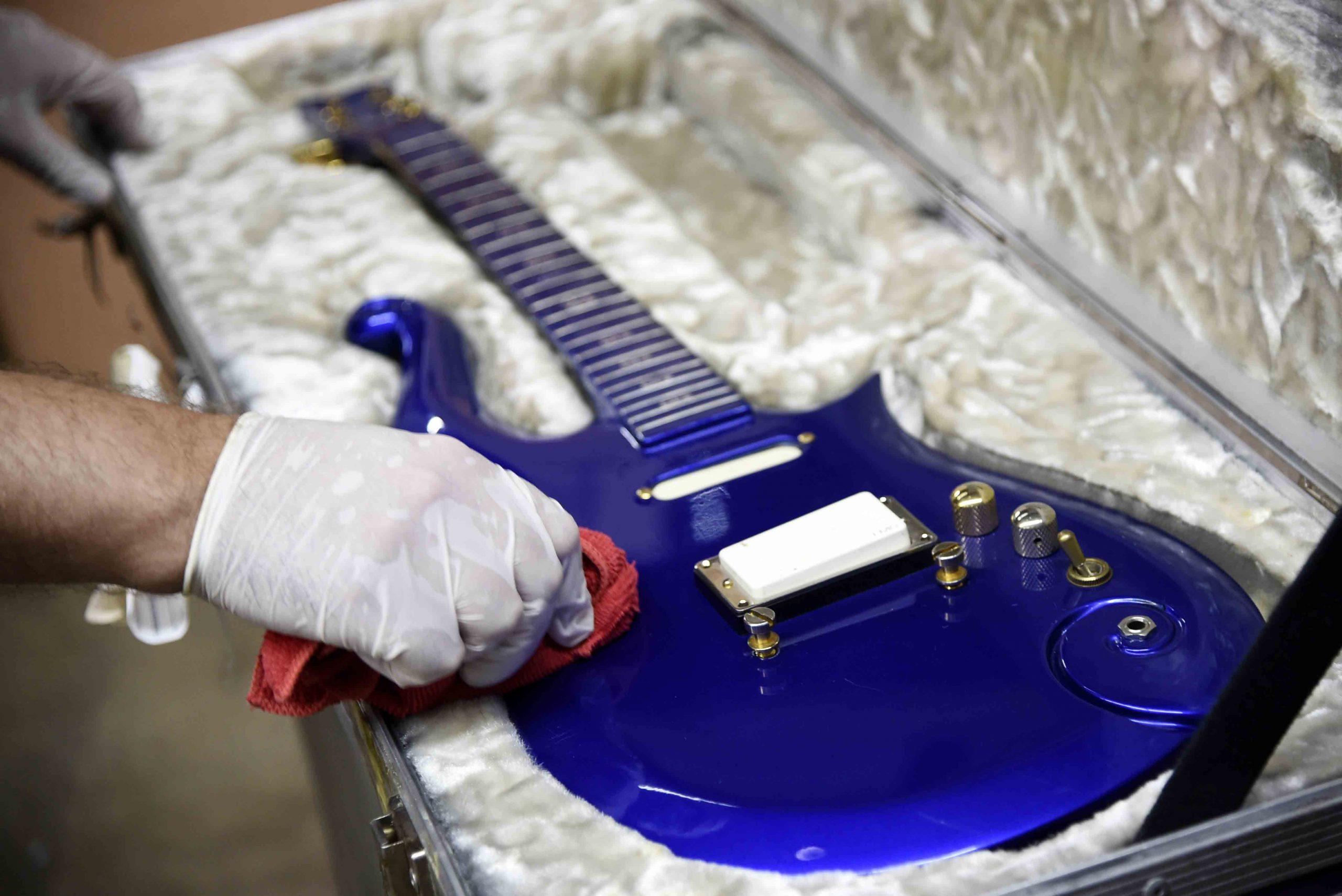 Blue Angel gitaar van zanger Prince