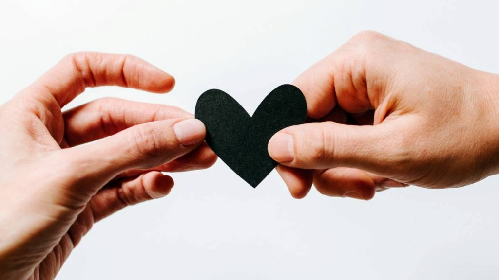 orgaandonatie-hart-kelly-sikkema-unsplash.jpg