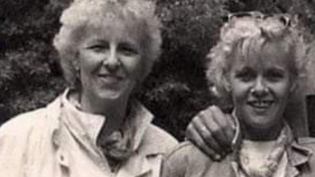 Gea herdenkt haar zus Elly: 'Ze zal altijd met mij verweven blijven'