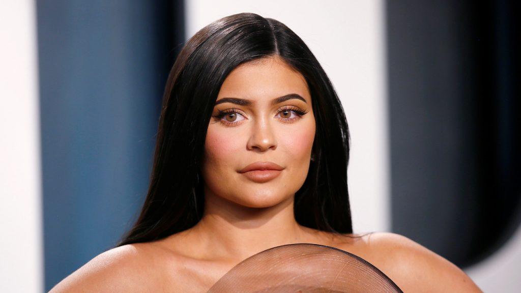 Jeugd massaal aan de botox. aantal jongeren tussen 18-25 die cosmetische ingreep laat doen is verdubbeld.