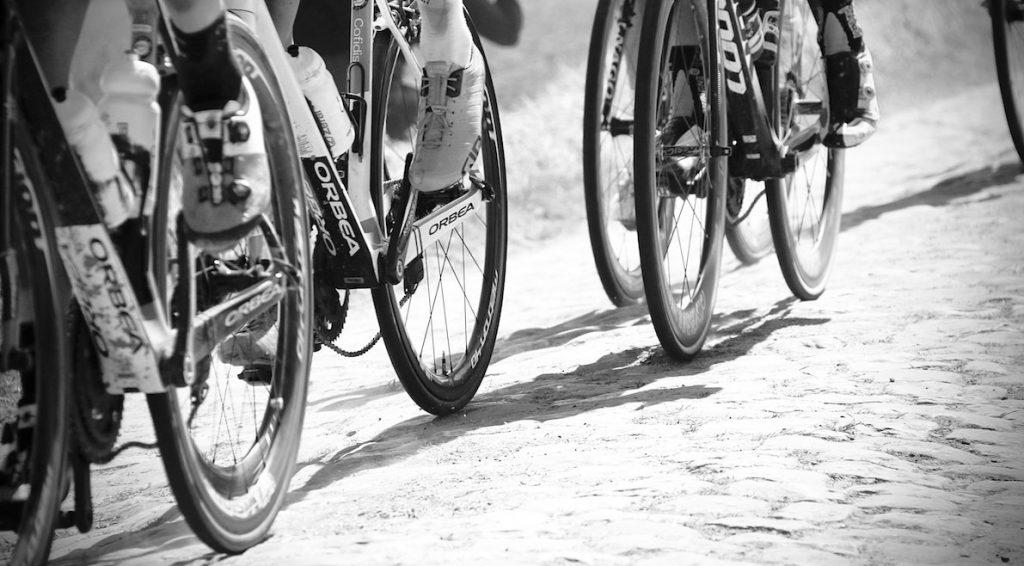 Belgische wielrenner (20) overlijdt tijdens koers aan hartstilstand