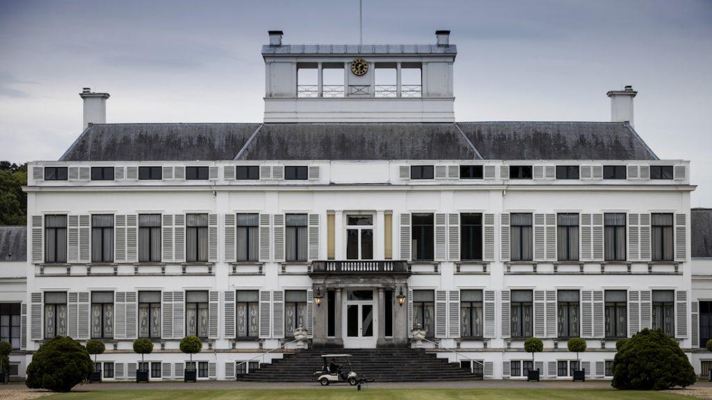 Plannen voor woningbouw bij paleis Soestdijk 'schokt' prinsessen