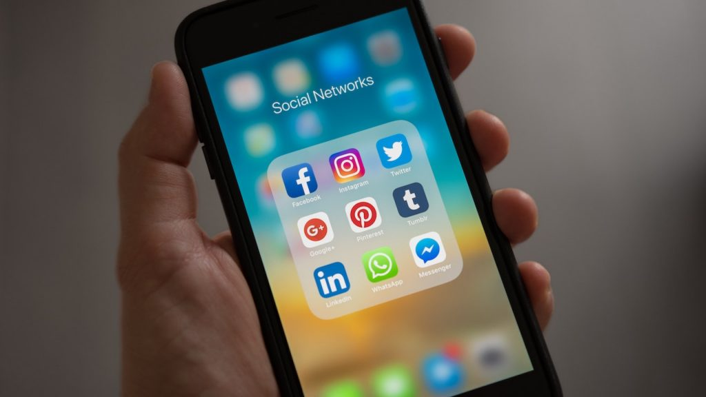 iphone apps crashen problemen facebook tinder spotify