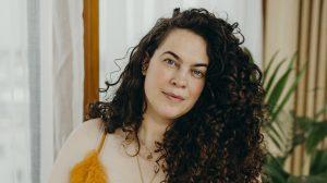 Thumbnail voor Voormalig plussize-model Mayra Louise over bodypositivity: 'Het is geen trend'