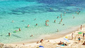 Thumbnail voor Deze zomer op vakantie in het buitenland? Dit zijn jullie vakantieplannen